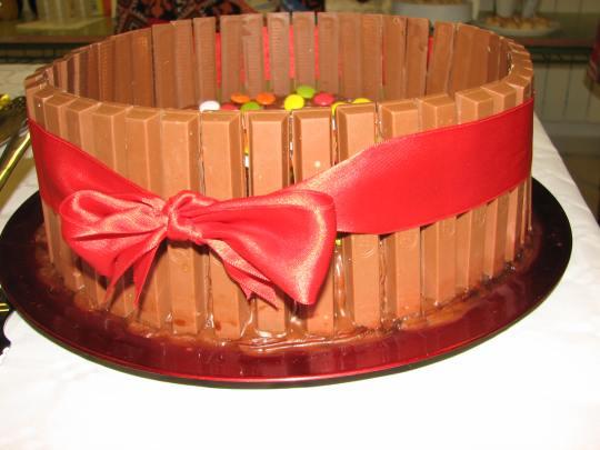 Smarties cake1